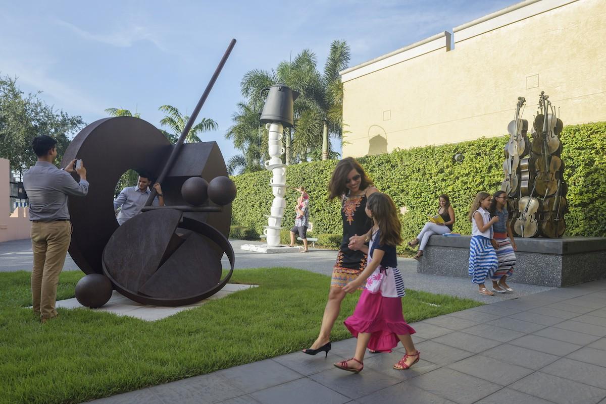 boca-raton-museum-sculpture-garden.jpg